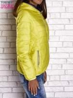 Żółta ocieplana kurtka z kontrastowym wykończeniem kaptura                                  zdj.                                  3